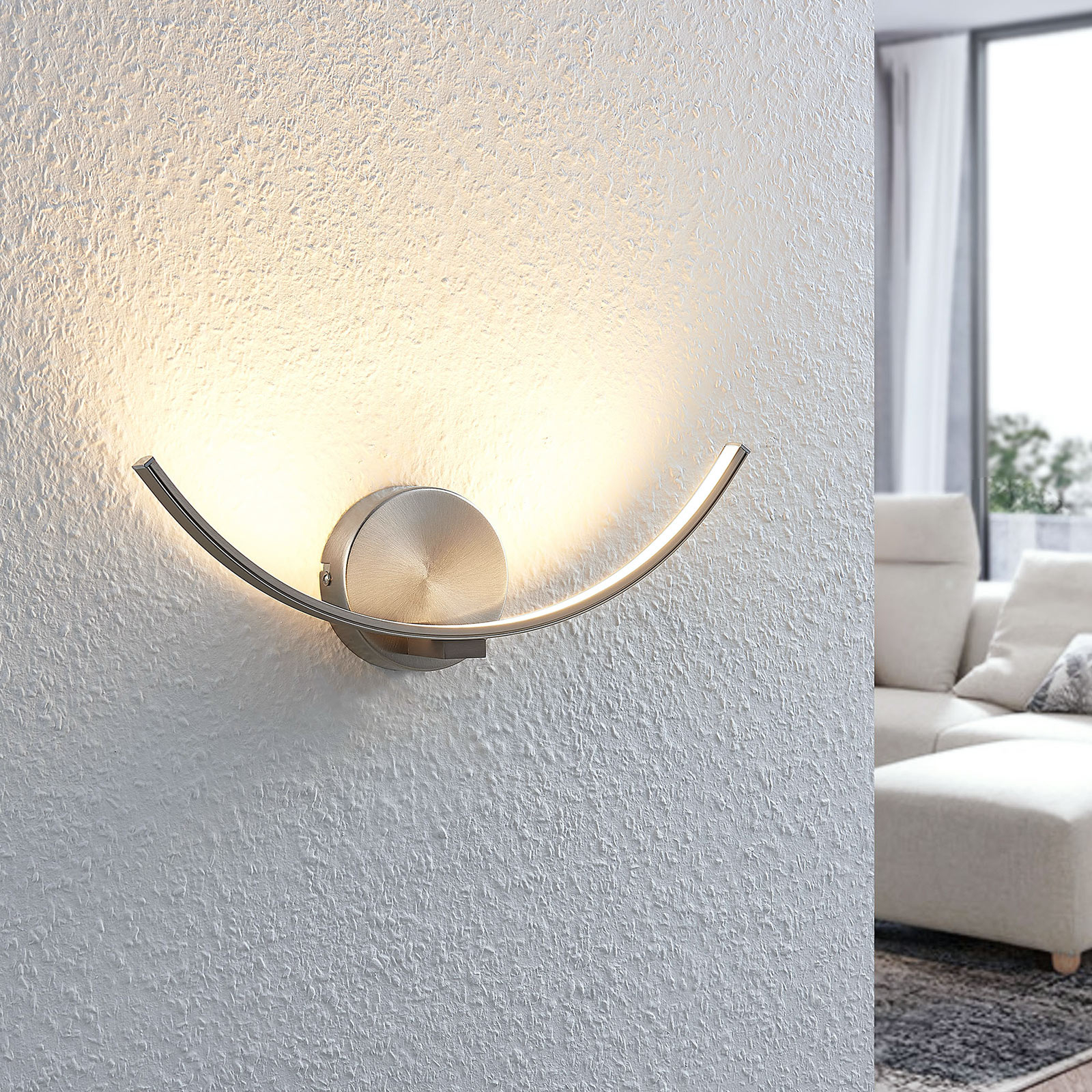 Kaareva LED-seinävalaisin Iven