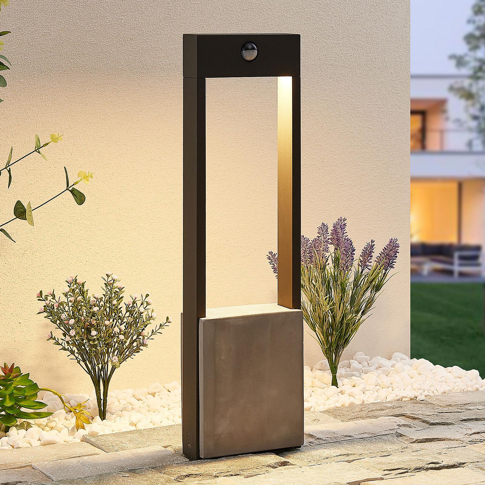Lucande Tekiro -LED-pylväsvalo anturilla, 60 cm