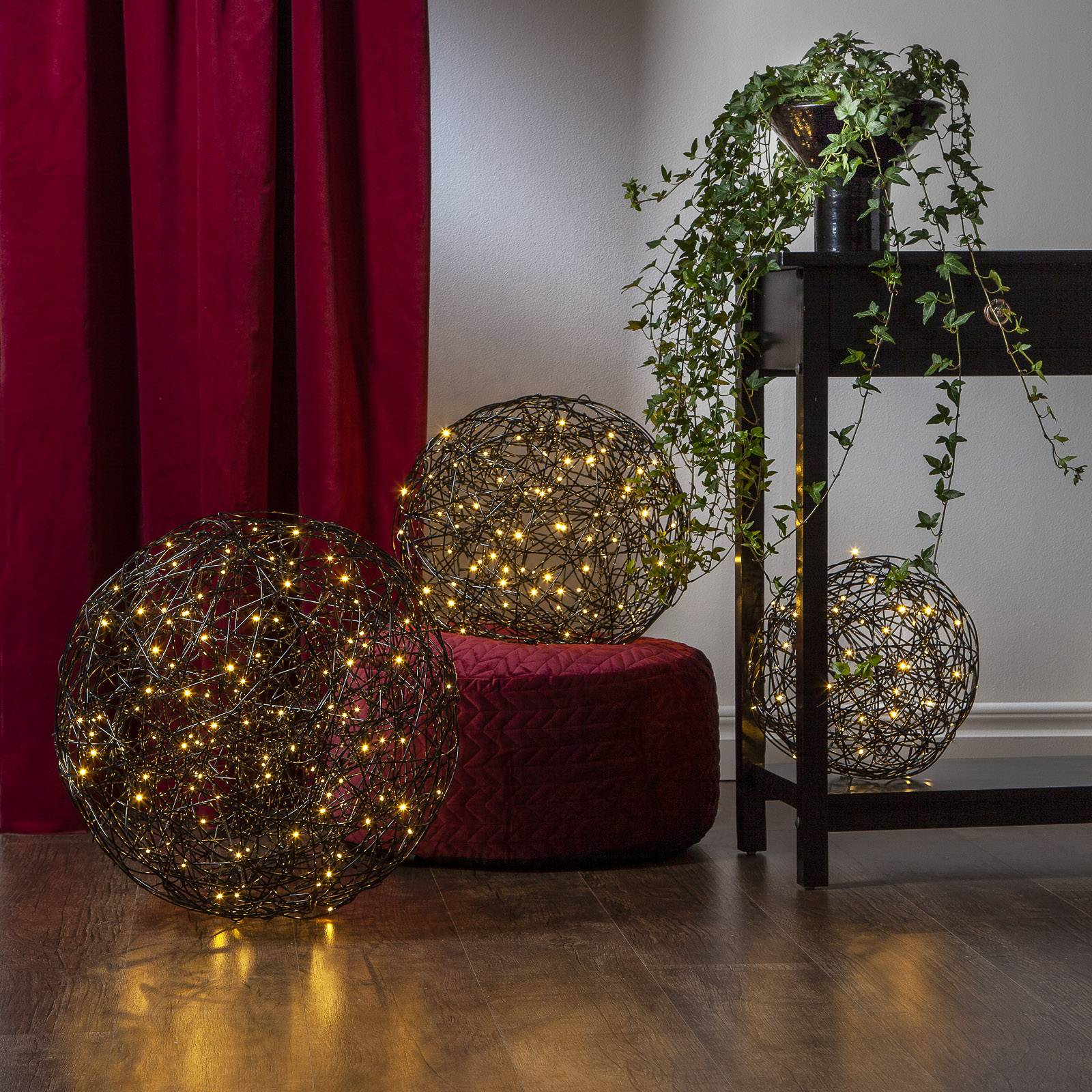 Galax-LED-3D-design-pallo, musta Ø 40 cm