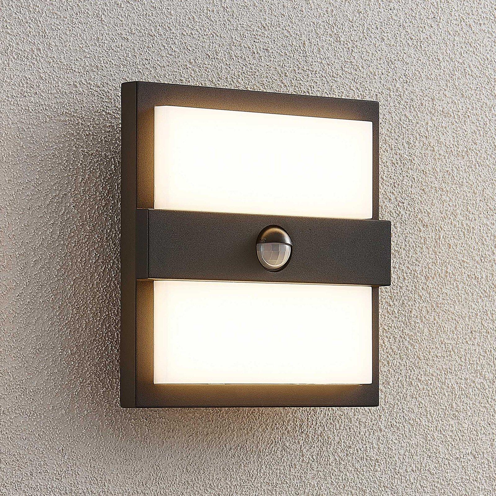 Lucande Gylfi LED-vegglampe kvadrat + sensor
