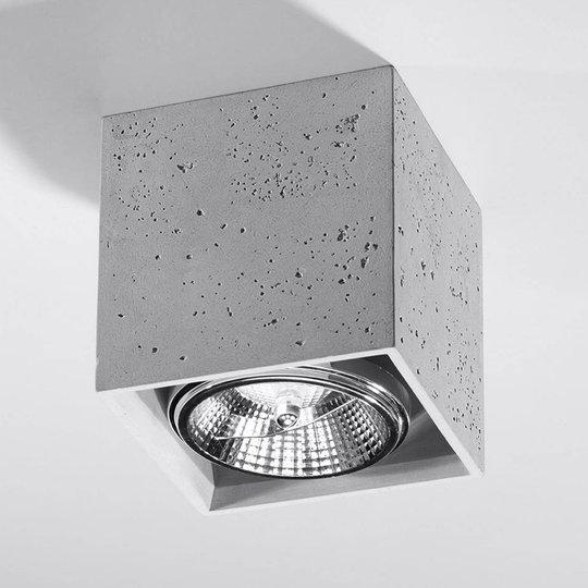 Ara taklampe som terning av betong 14cm x 14cm