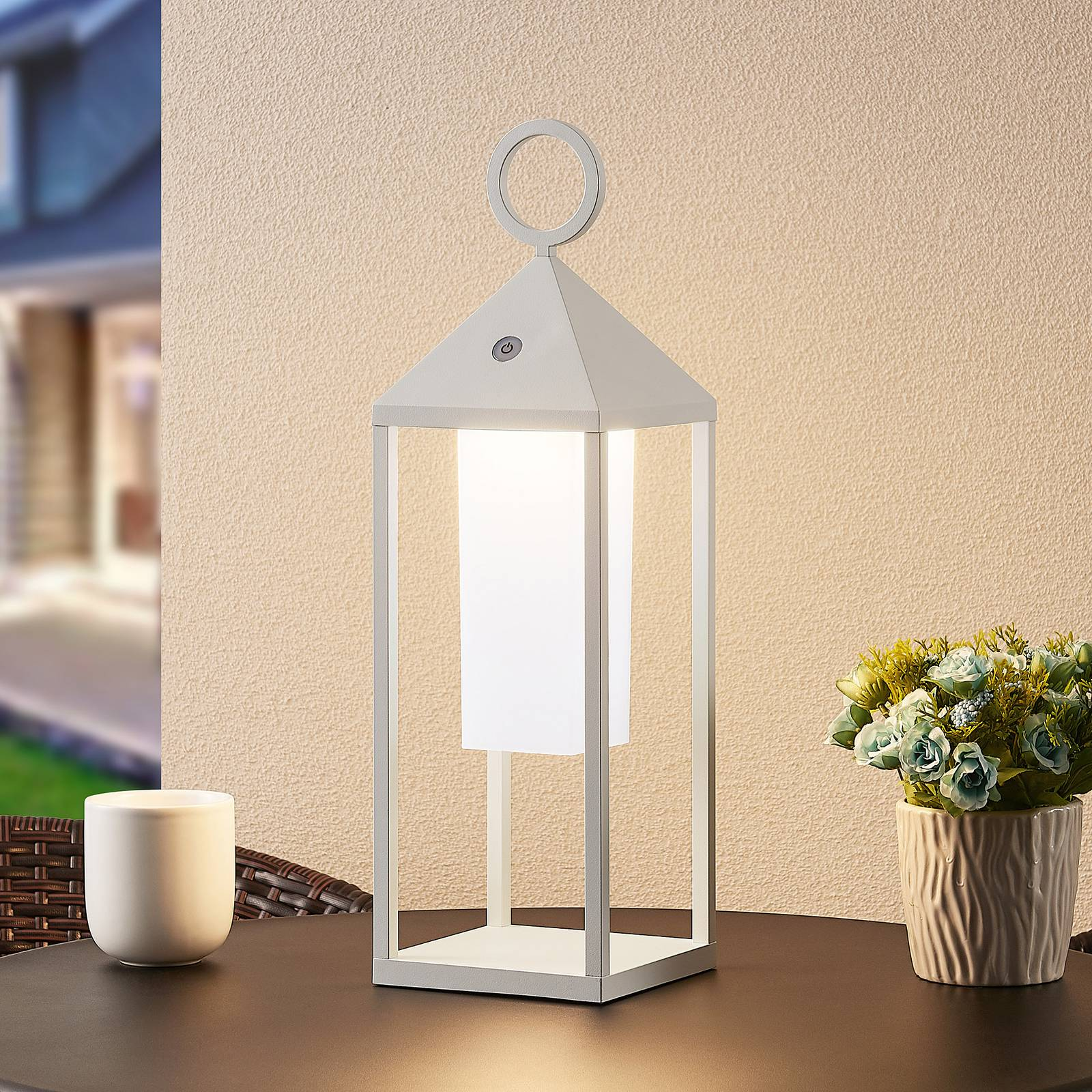 Lucande Miluma -LED-ulkolyhty, 54 cm, valkoinen
