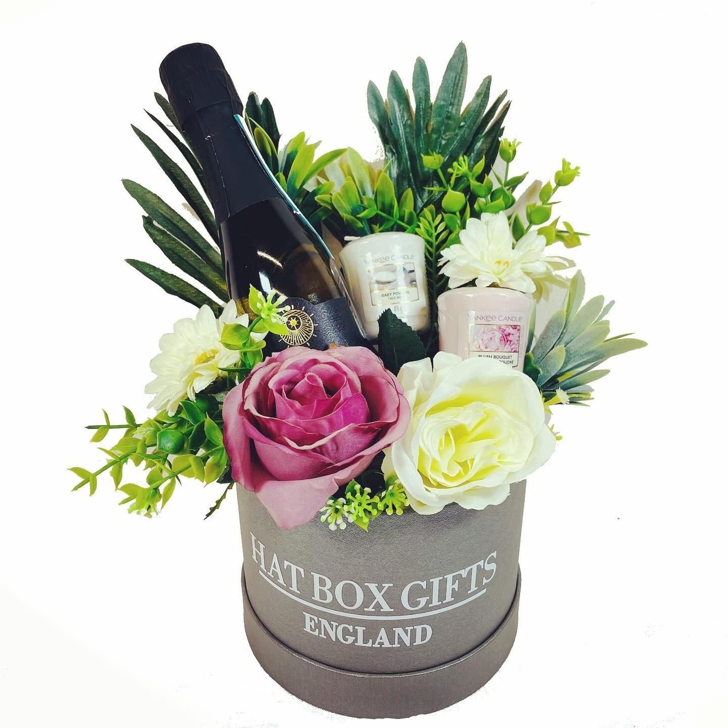 Hat Box with Yankee Candles, Prosecco & Flowers