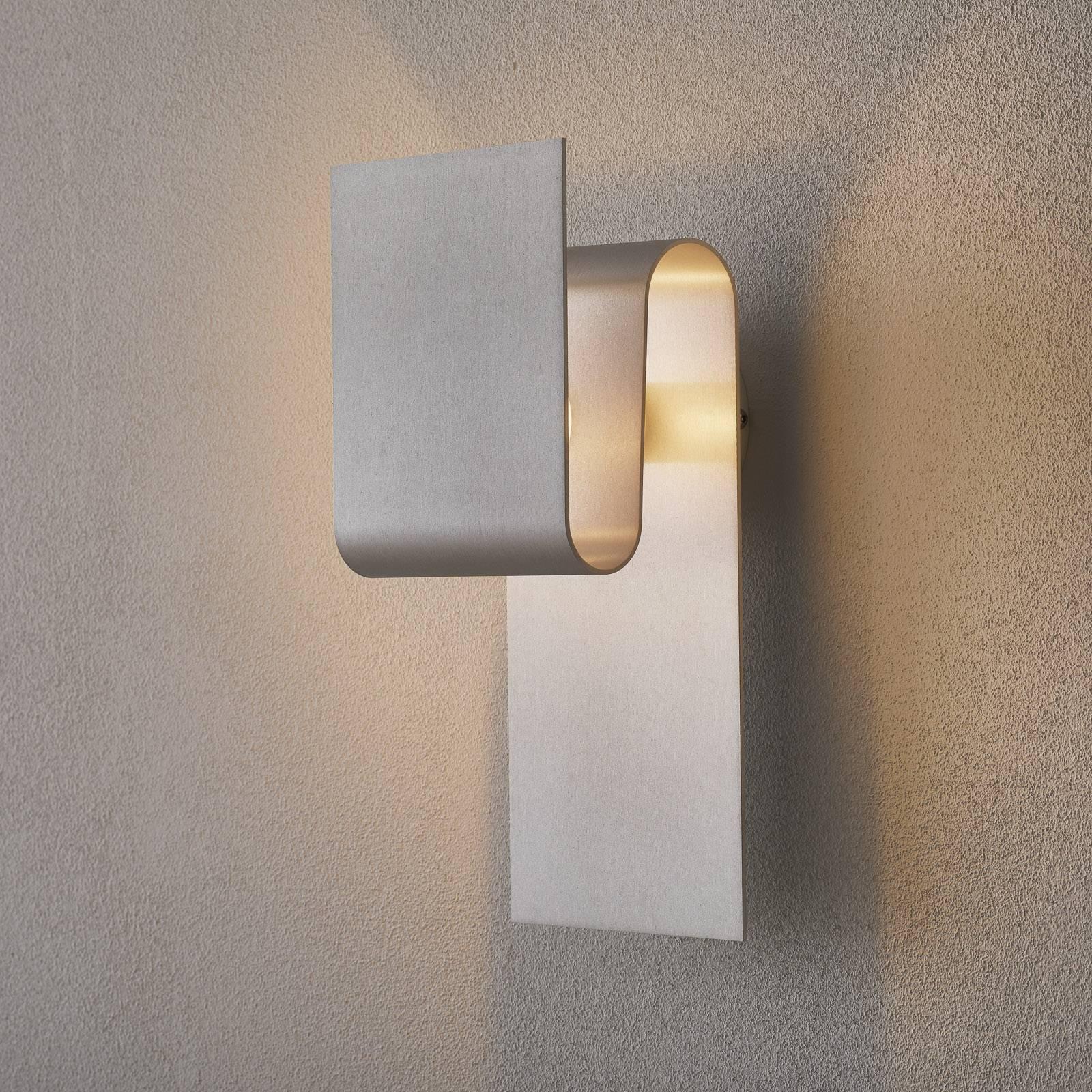Escale Fold - epäsuoraan valaiseva LED-seinälamppu