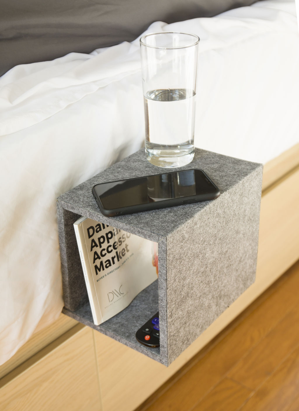Cube Bedside Table (OR109)