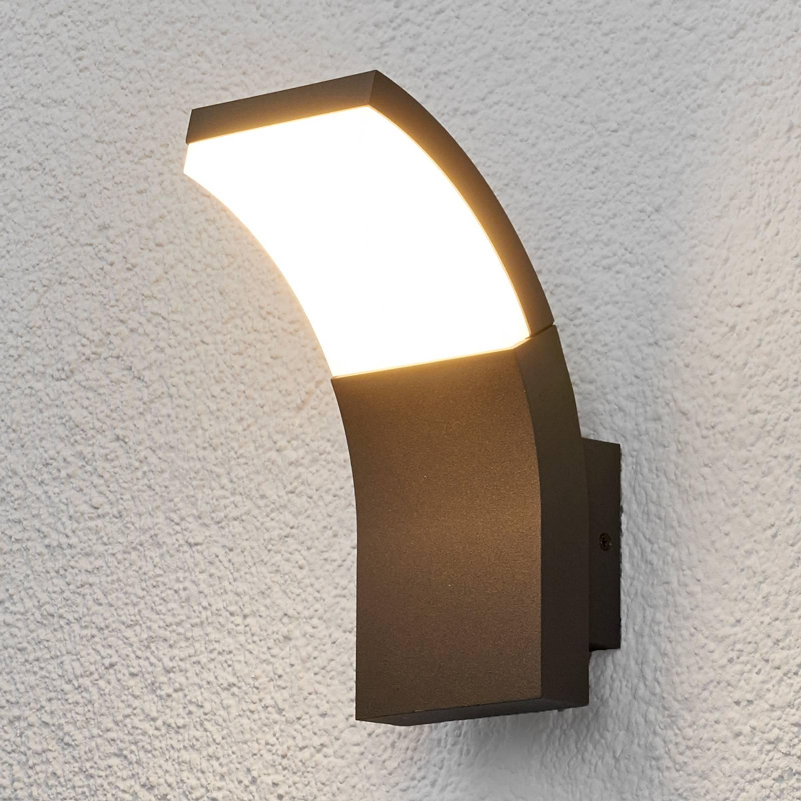Timm-ulkoseinävalaisin LED-valolla