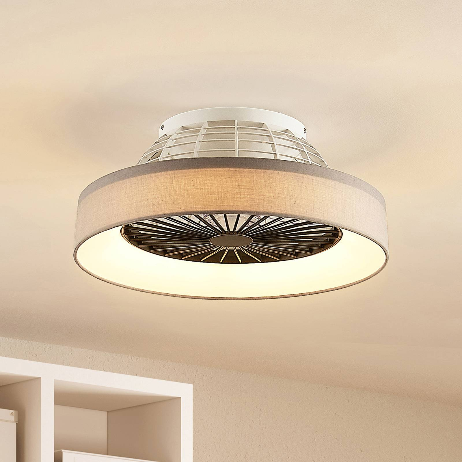 Lindby Circuma -LED-kattotuuletin, harmaa