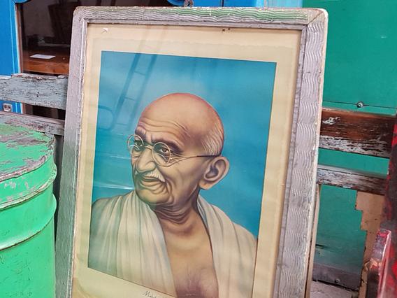Vintage Print - Mahatma Gandhi Medium