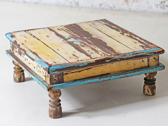 Old Painted Bajot Table Cream