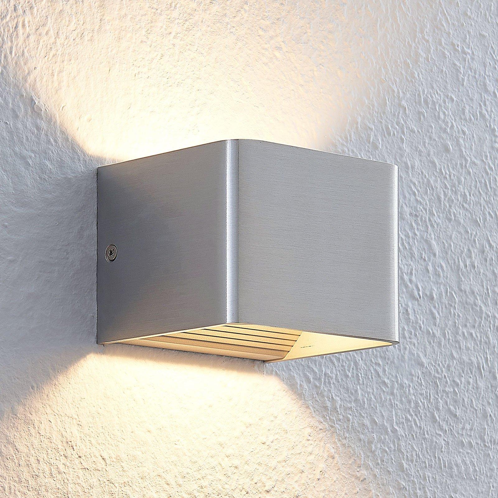 Nikkelfarget LED-vegglampe Lonisa