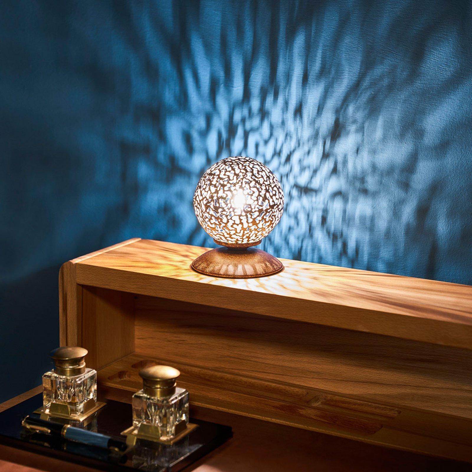 Greta - en bordlampe med Landhausflair