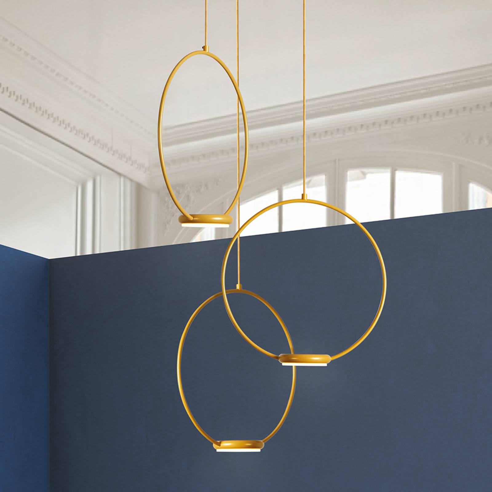 Kolmilamppuinen, kultainen Odigotto LED-kattovalo