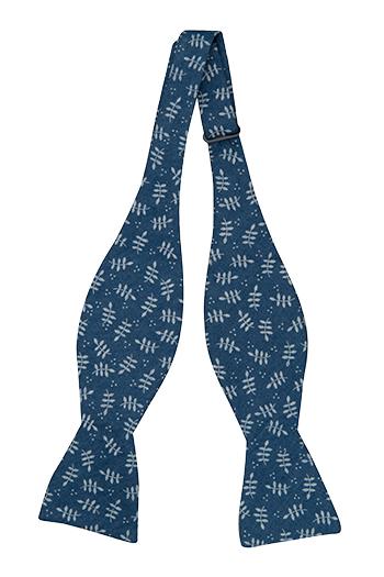 Bomull Sløyfer Uknyttede, Denimblått med skarpe, hvite bladstammer