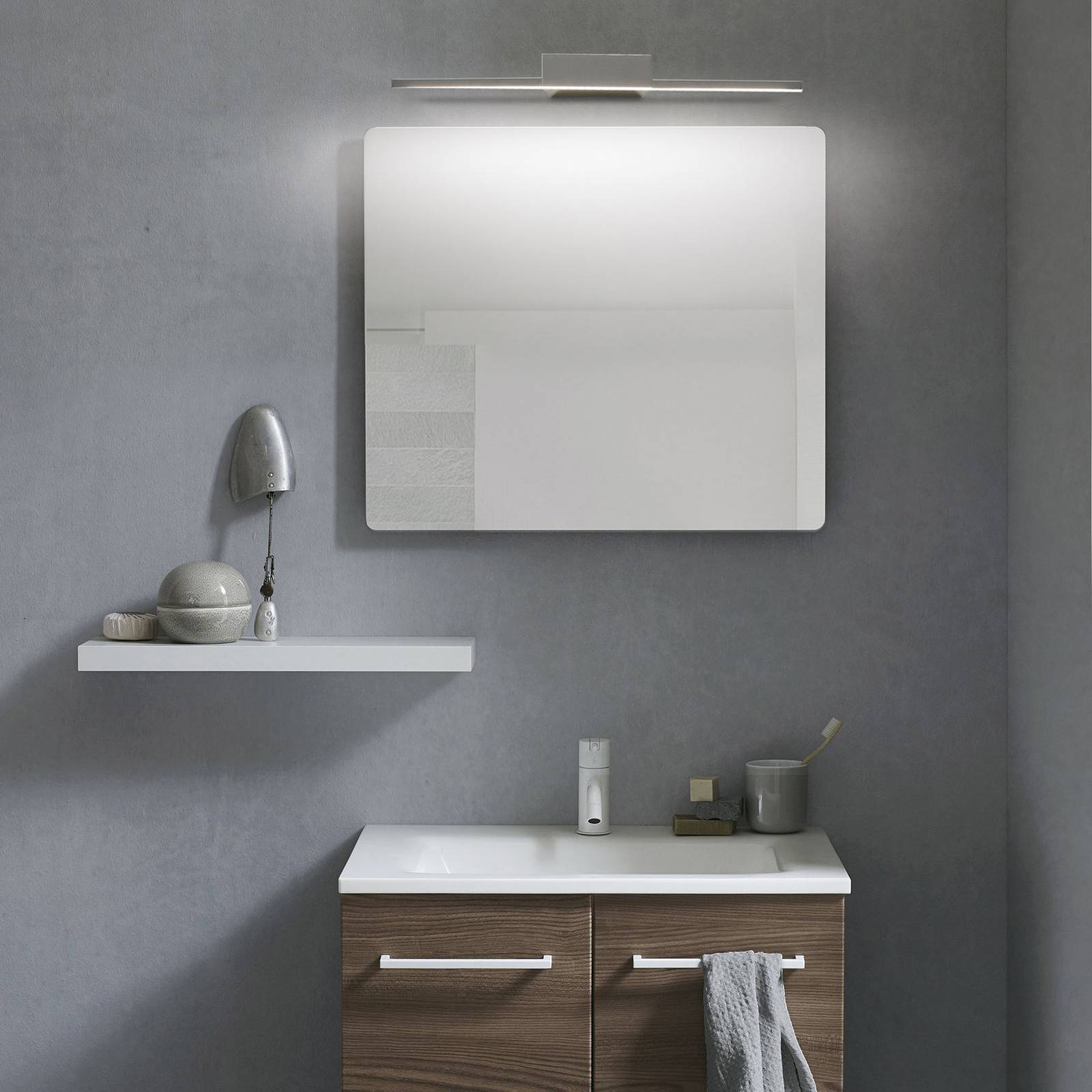 Kylpyhuoneen LED-seinälamppu Yei, leveys 35 cm