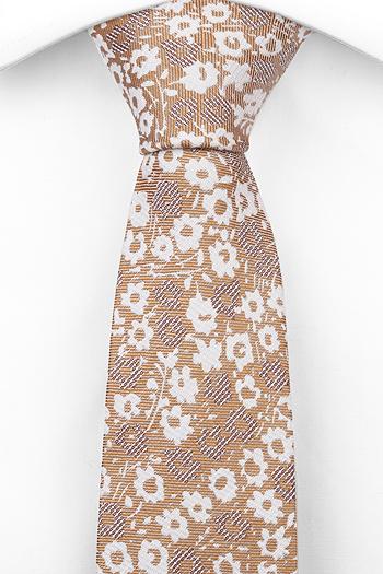Lin Smale Slips, Blommigt mönster i vitt och brunt på beigebrun bas
