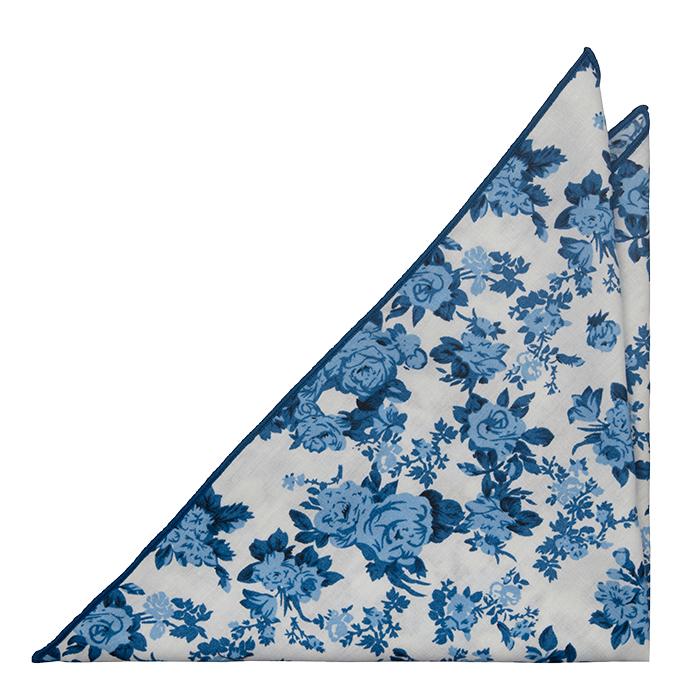 Bomull Lommetørkler, Hvit bakgrunn, roser i to blåfarger og marineblå kant