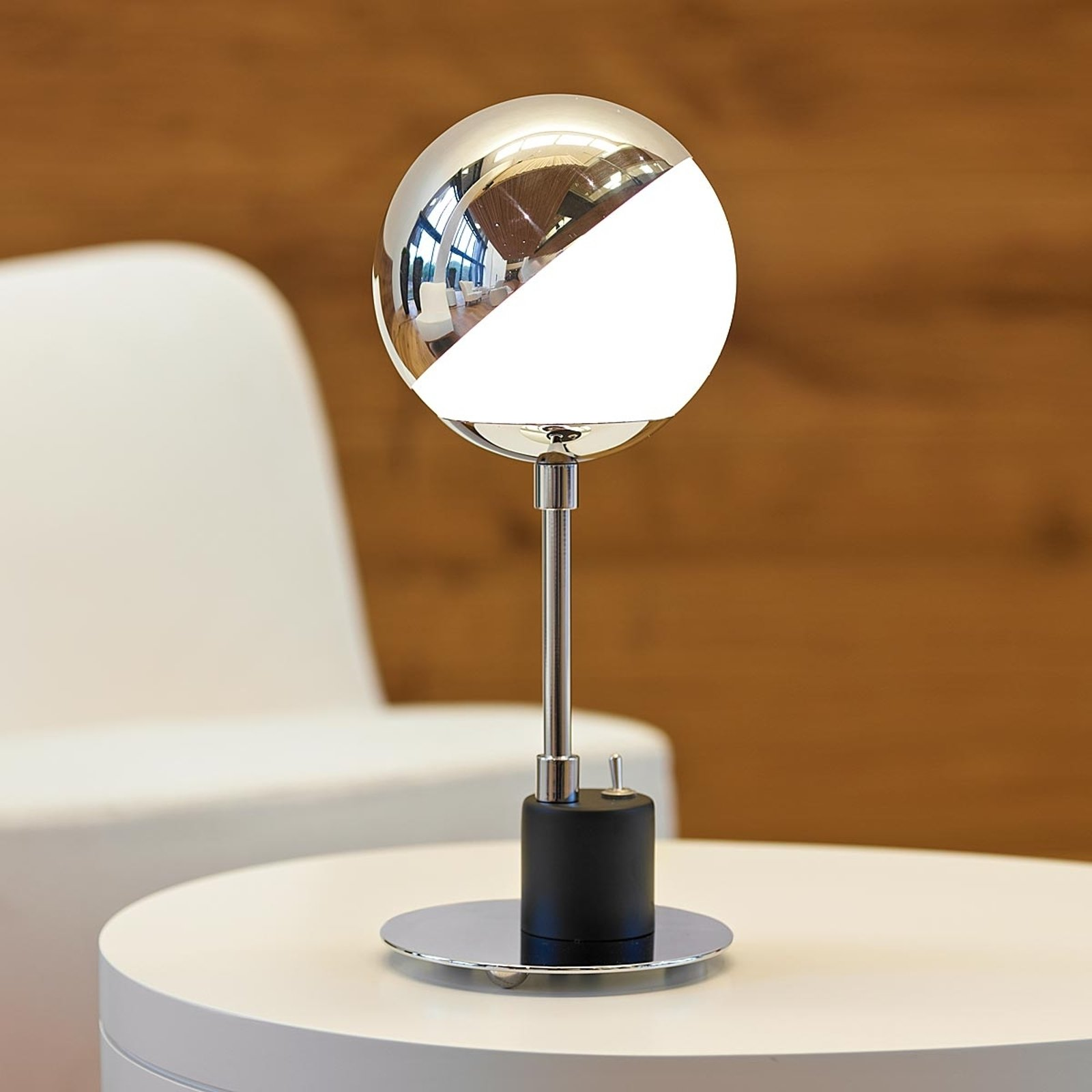 Designer bordlampe med halvkule