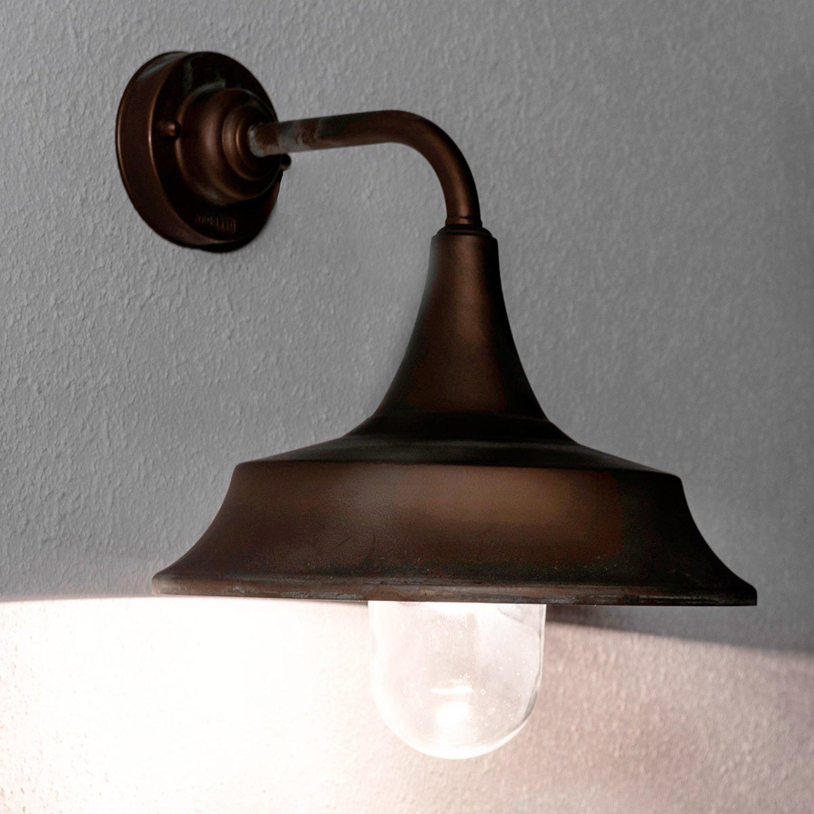 Utevegglampe Ernesto - tåler sjøvann