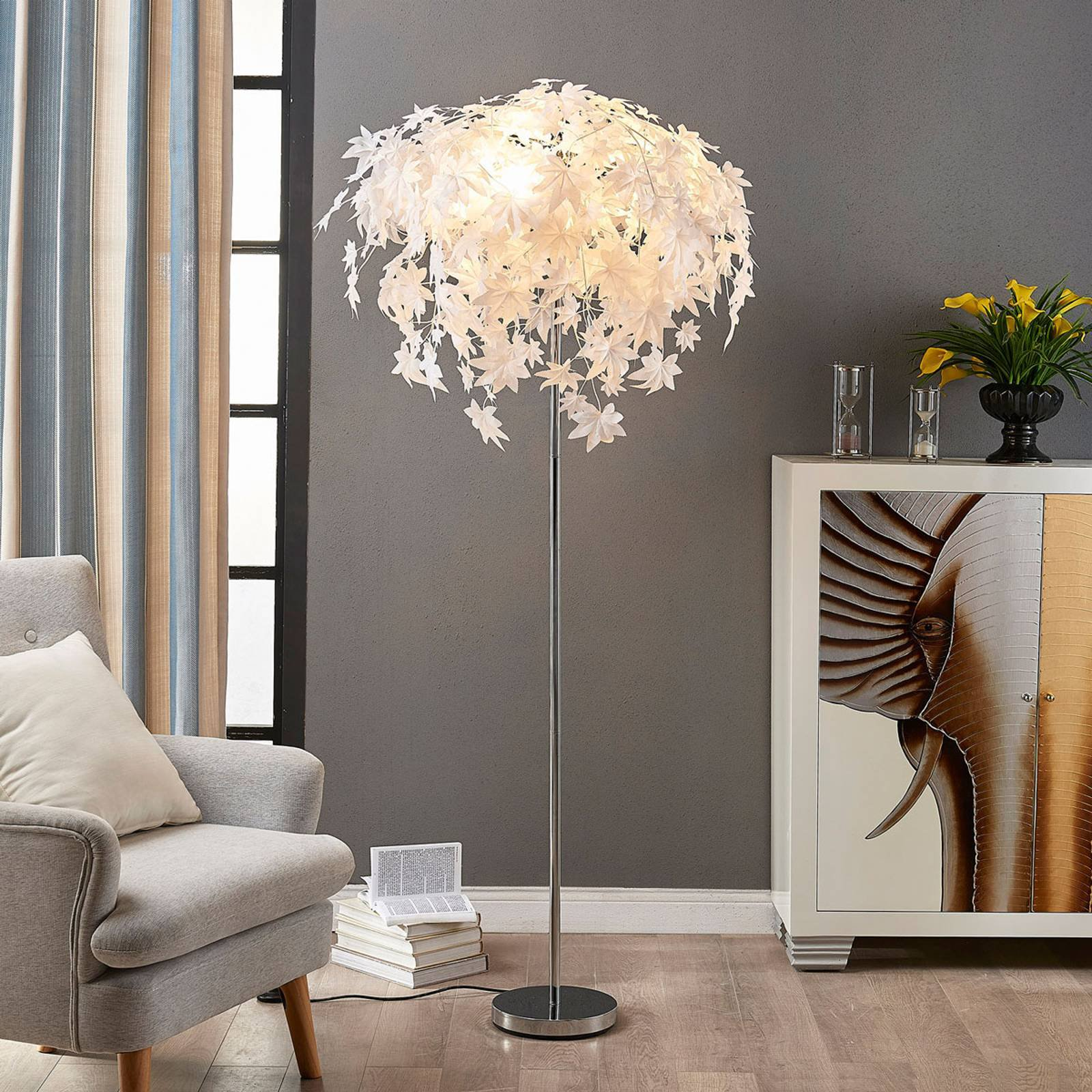 Maple - gulvlampe med bladdekor