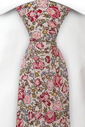 Bomull Slips, Babyrosa bakgrunn med blomster i rosa, blå & gul, Rosa, Blomster