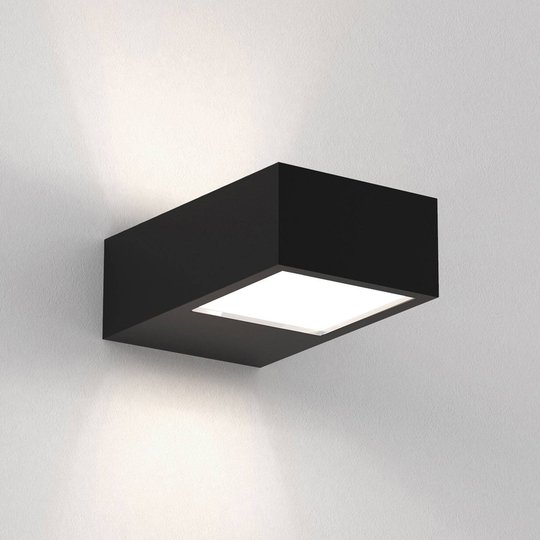 Astro Kappa LED-vegglampe up & down, svart