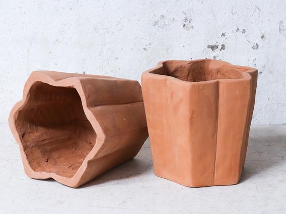Star Terracotta Plant Pot Large