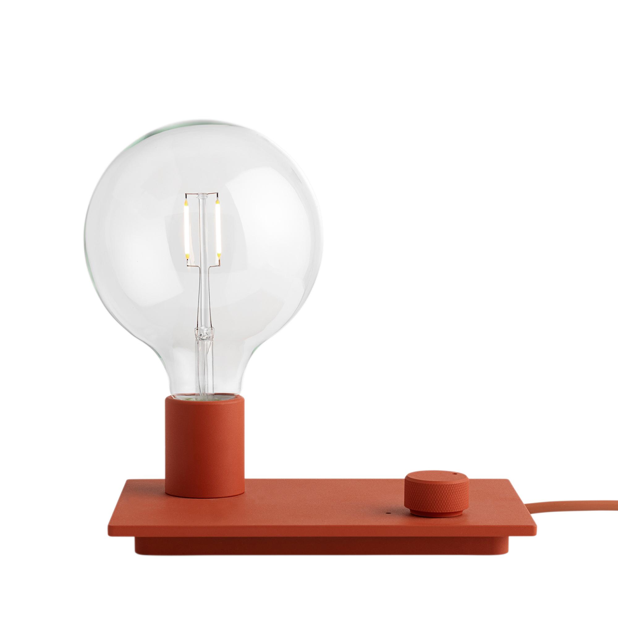Muuto Lampa Control röd LED