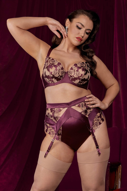 Dita Von Teese Rosabelle Dark Cherry Curve Suspender UK 18 / US 14