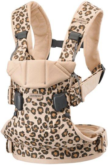 BabyBjörn One Bæresele Cotton Leopard, Beige