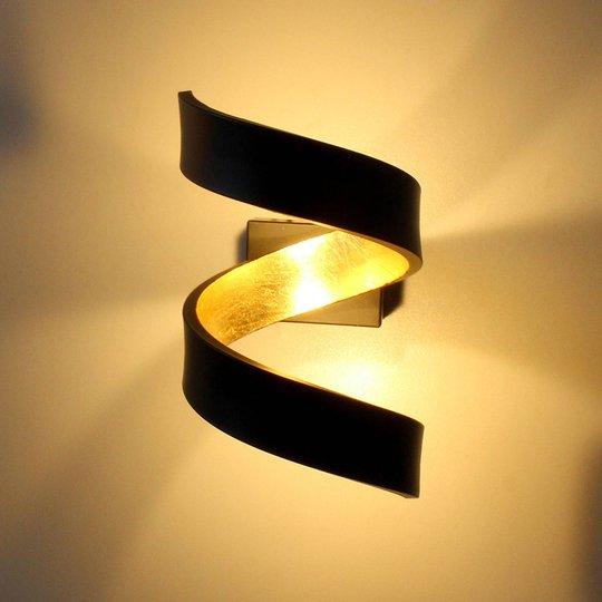 LED-vegglampe Helix, svart-gull, 17 cm