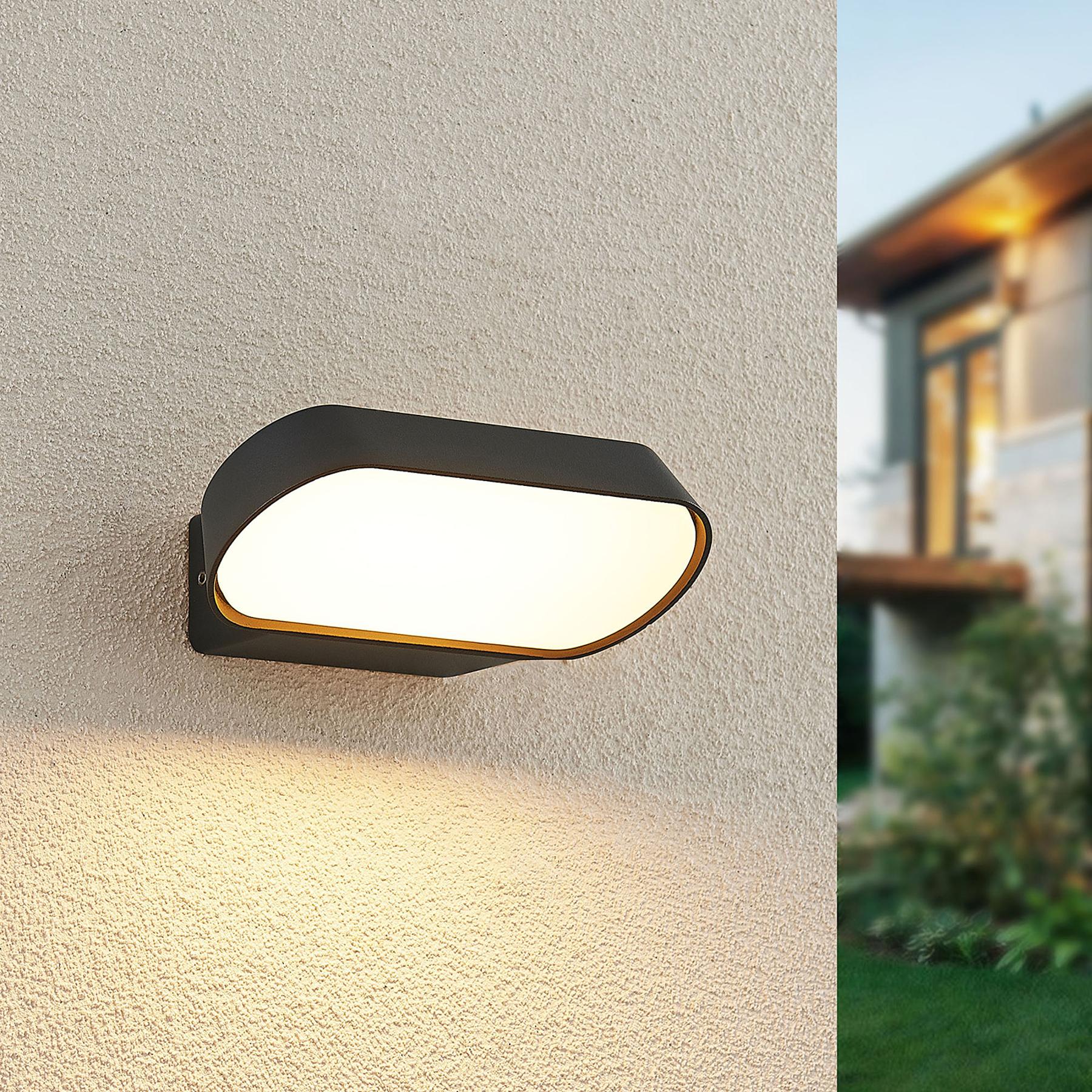 Lucande Badriya -LED-ulkoseinälamppu, leveys 18cm