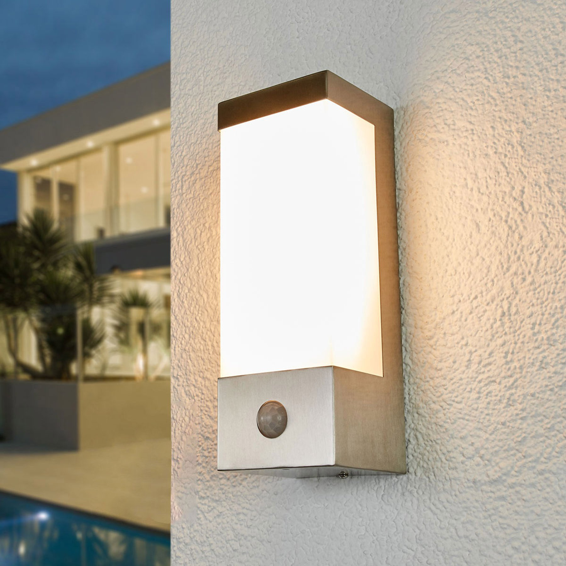 LED-utevegglampe Severina med sensor
