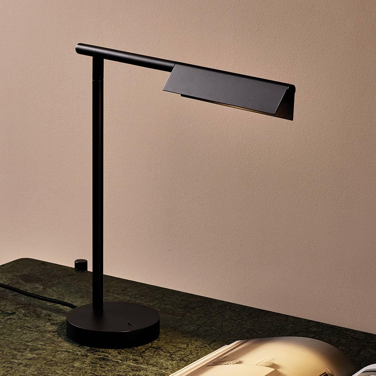 Astro Fold -LED-pöytälamppu, mattamusta