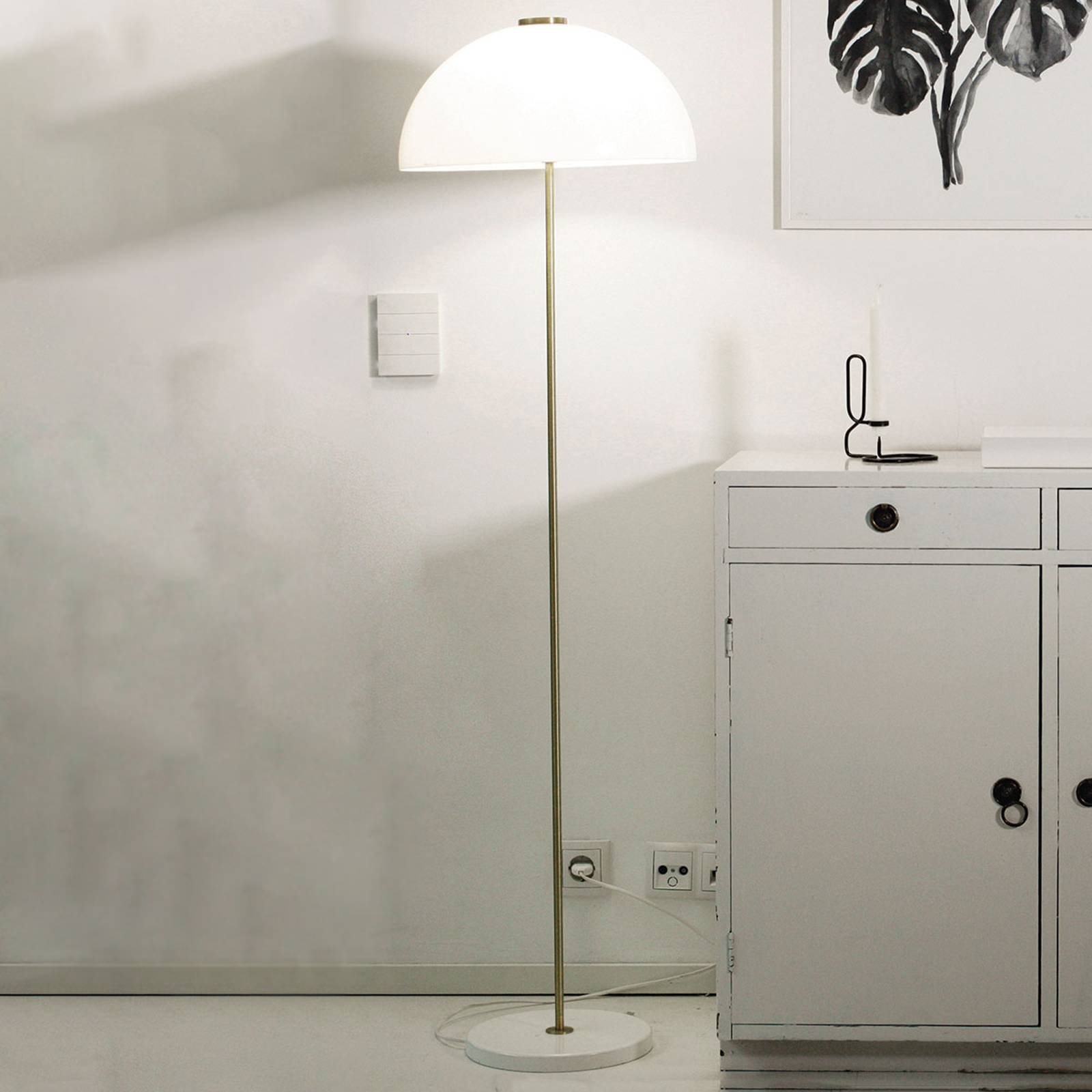 Innolux Kupoli gulvlampe, hvit fot