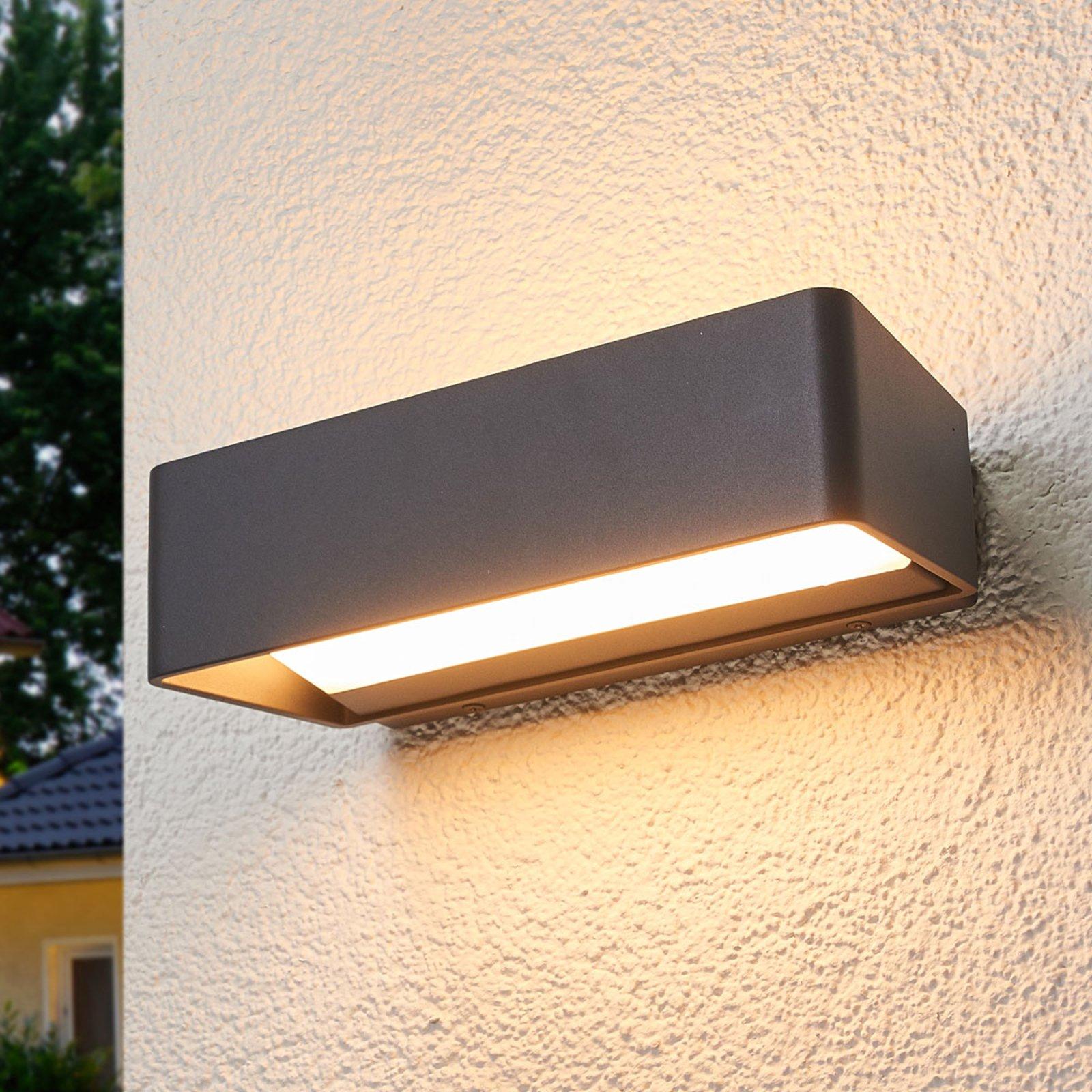 Logan - enkel LED-vegglampe til utendørs bruk IP65
