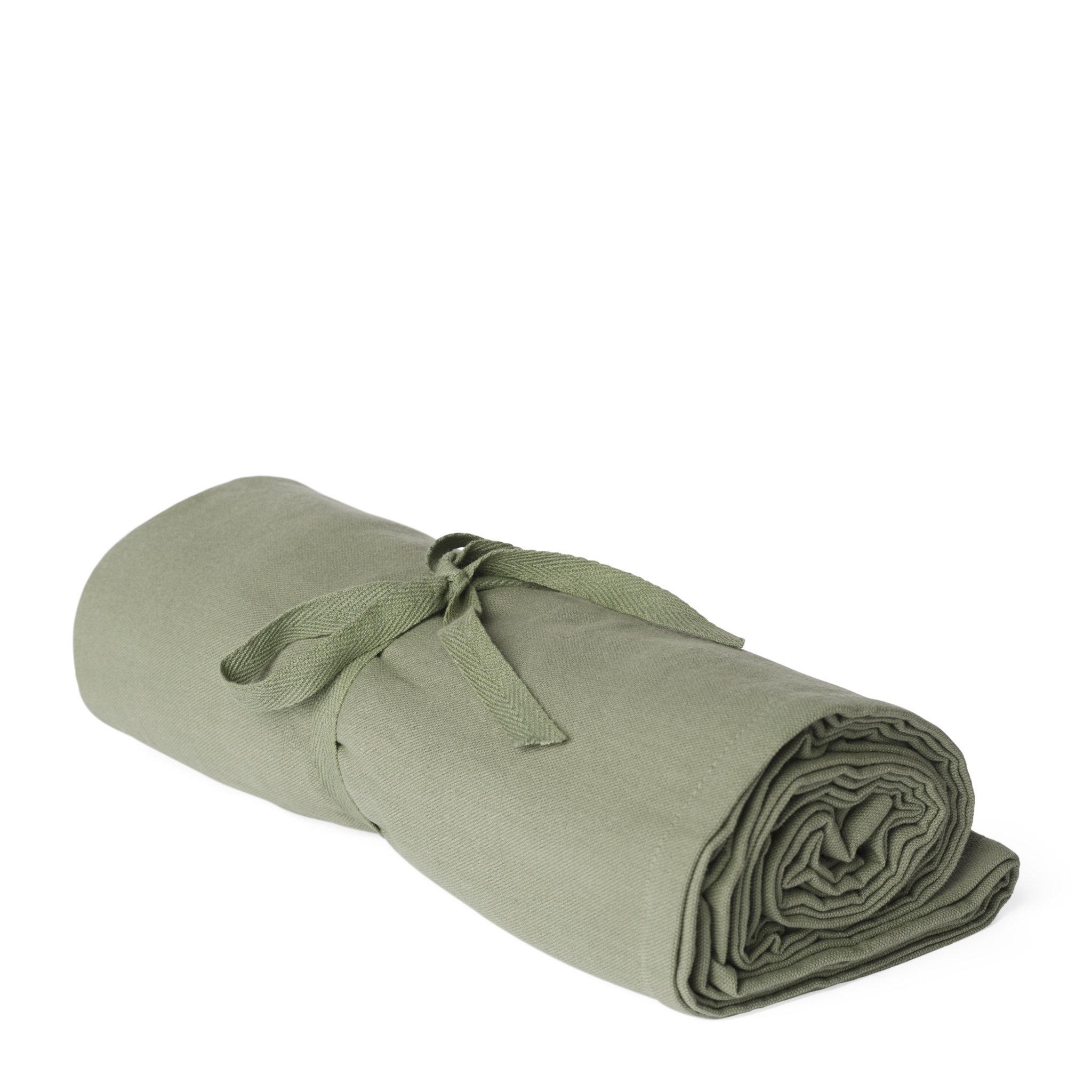 Bordsduk HALMSTAD 140x220 cm
