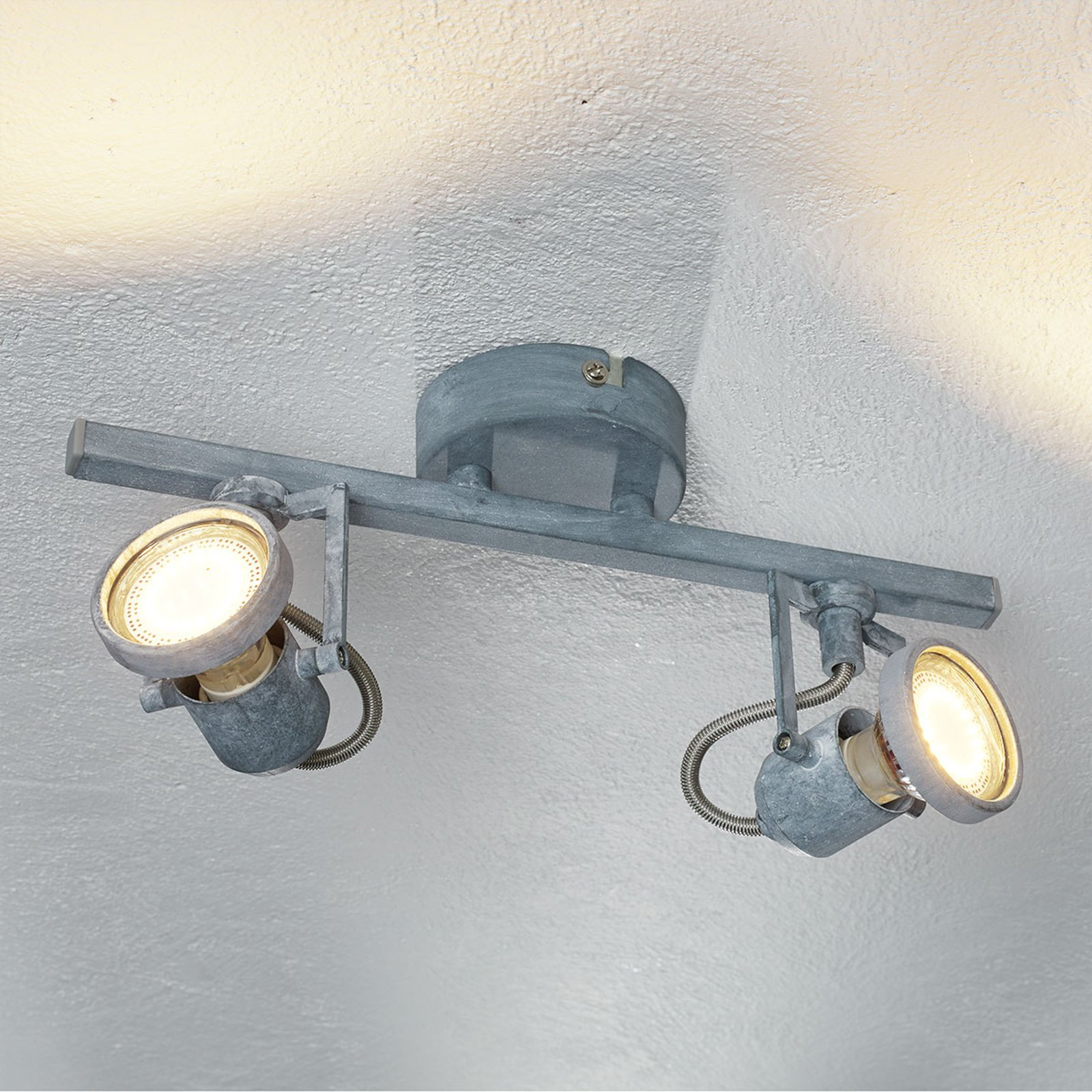 LED-taklampe Concreto med to lys
