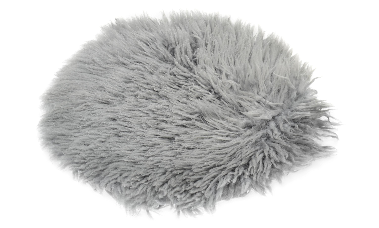 Frizzy langhåret, rund stolpute i saueskinn - lysegrå