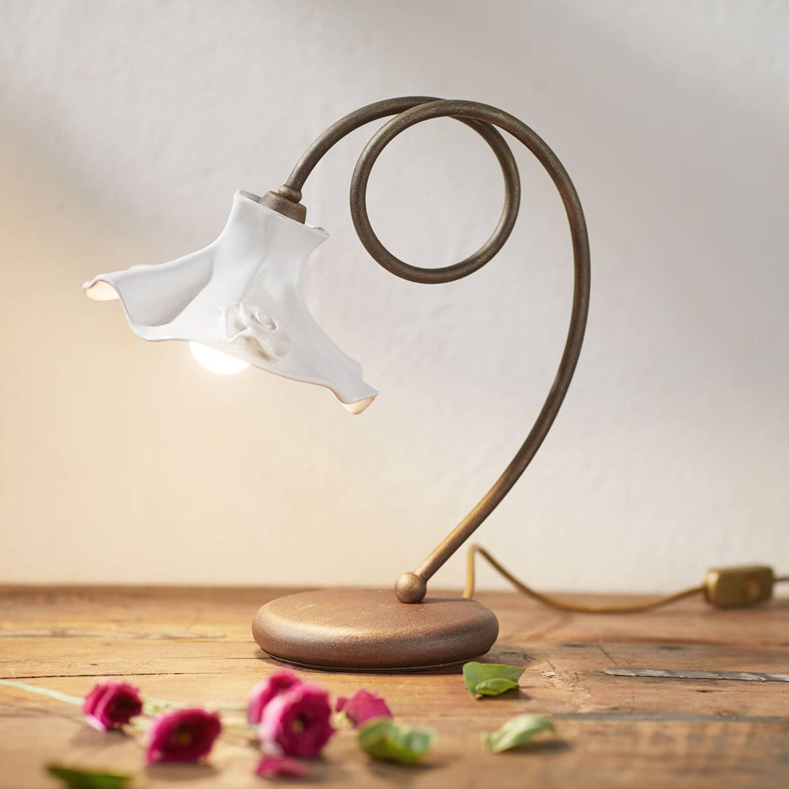 Tiltalende Eleonora bordlampe
