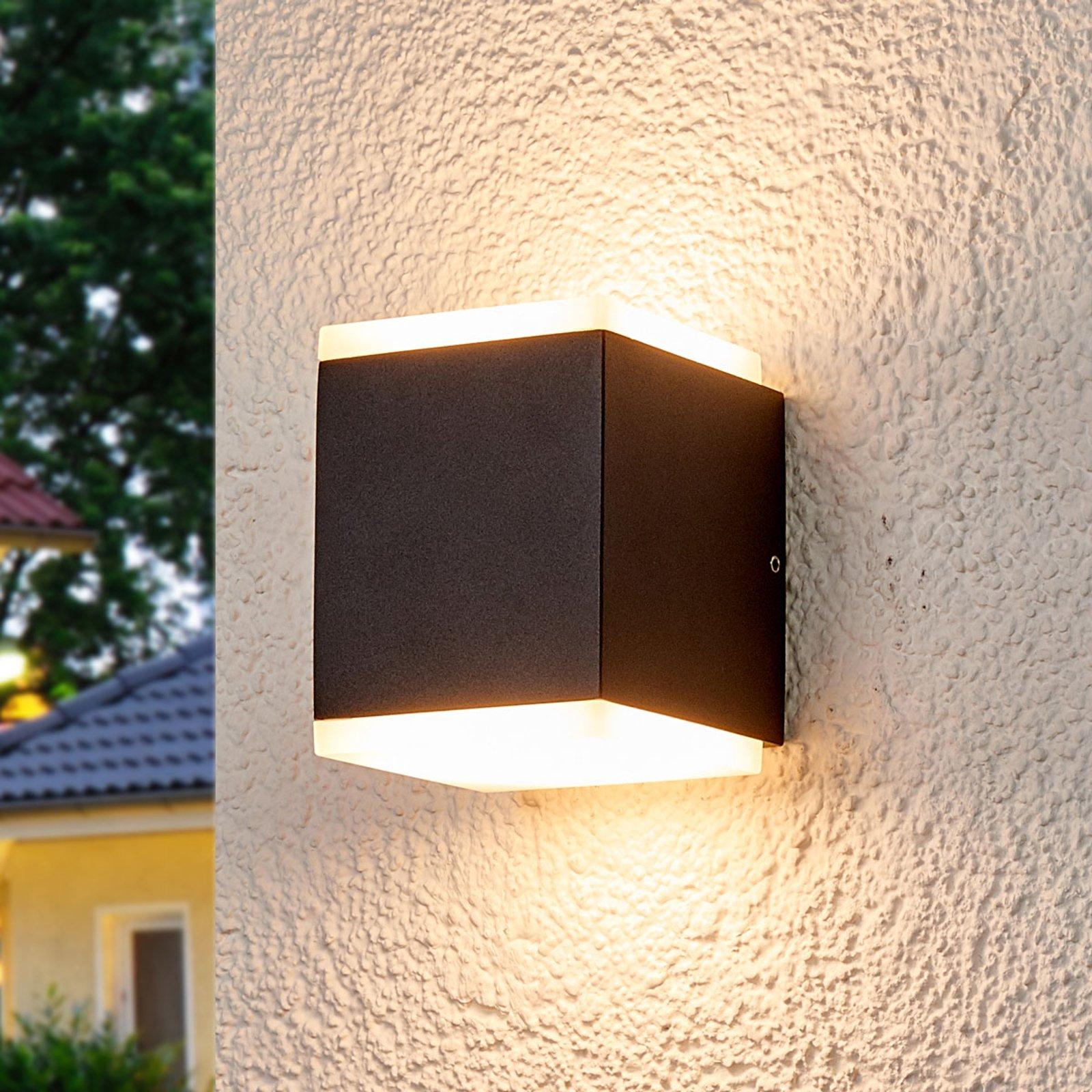 Sarah utendørs LED vegglampe med diffusor