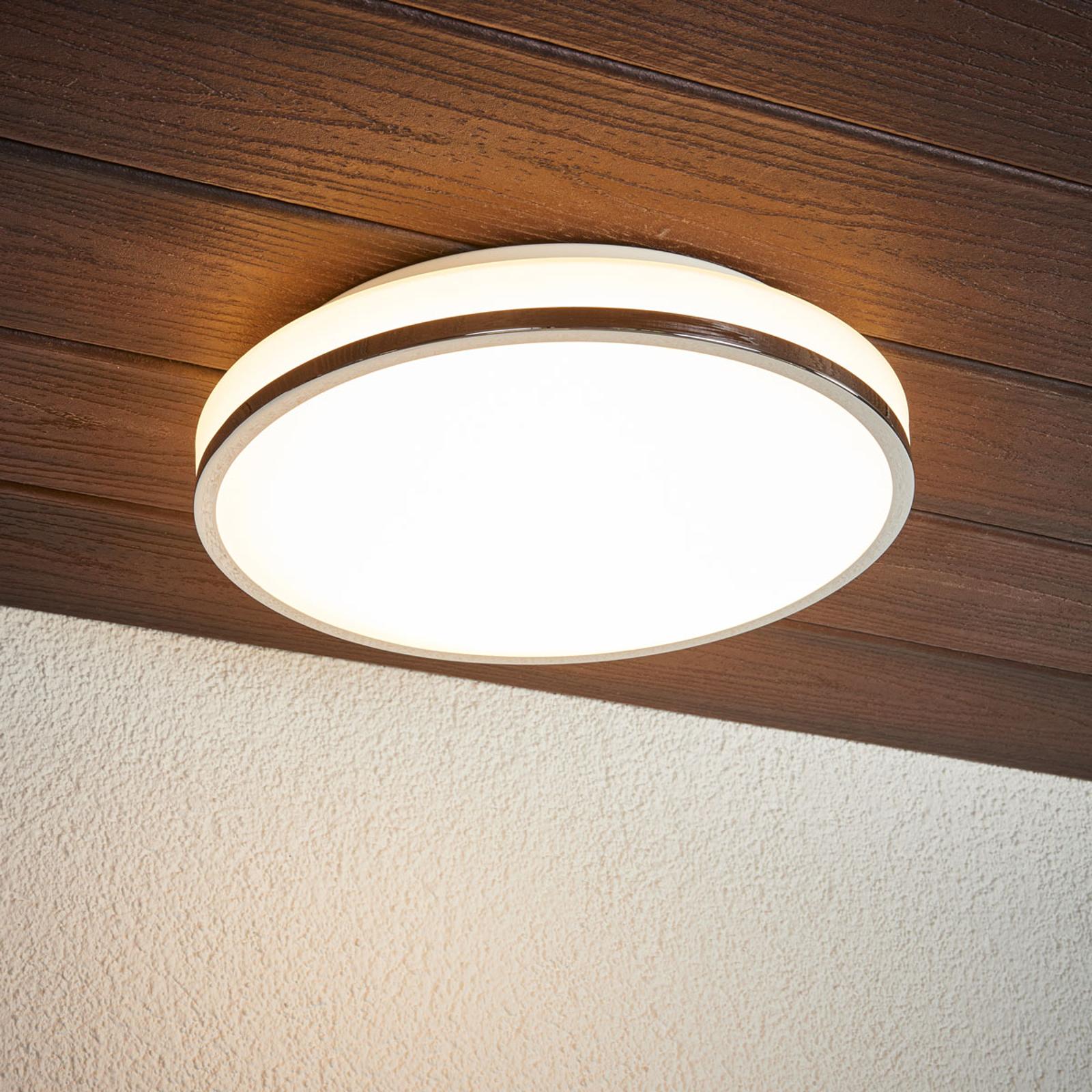 LED-kattovalaisin Lyss kromireunuksella