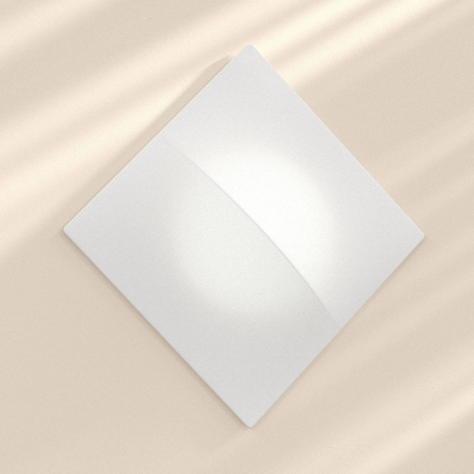 Nelly S - firkantet vegglampe med stoff, 100 cm