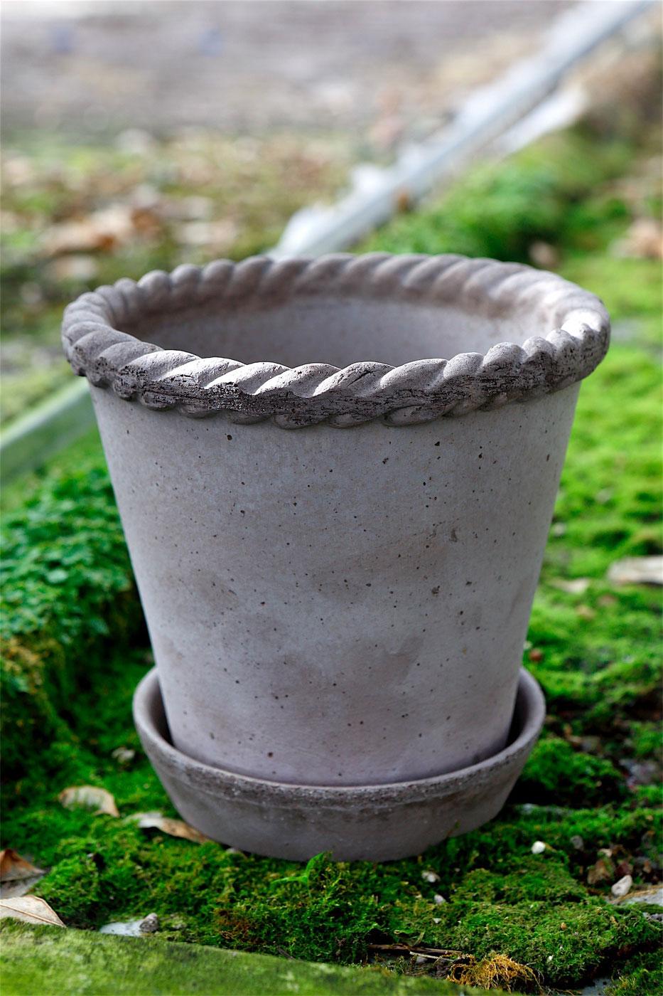 Kruka Emilia 30 cm grå inkl. fat