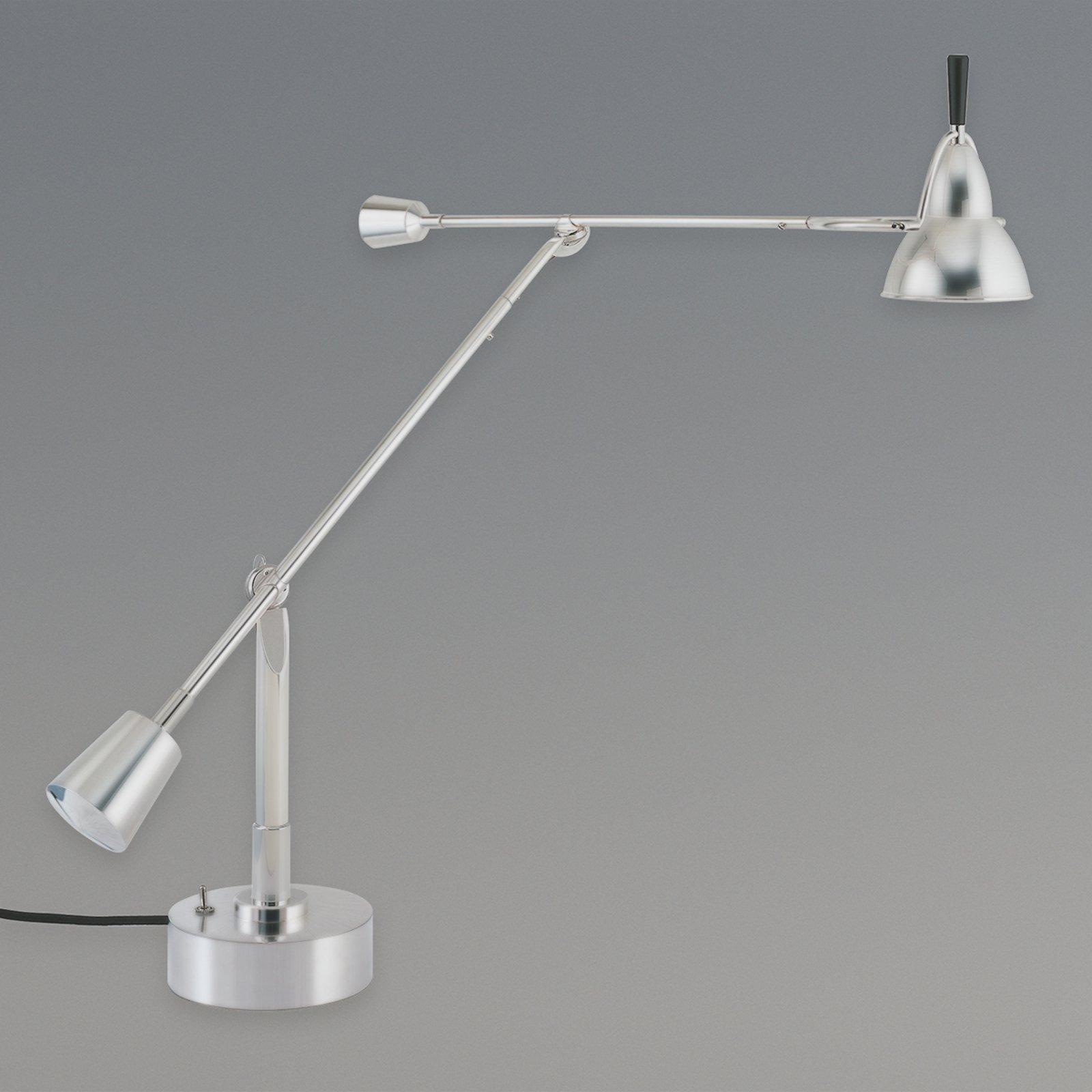 Bordlampe av Eduard-Wilfrid Buquet nikkel