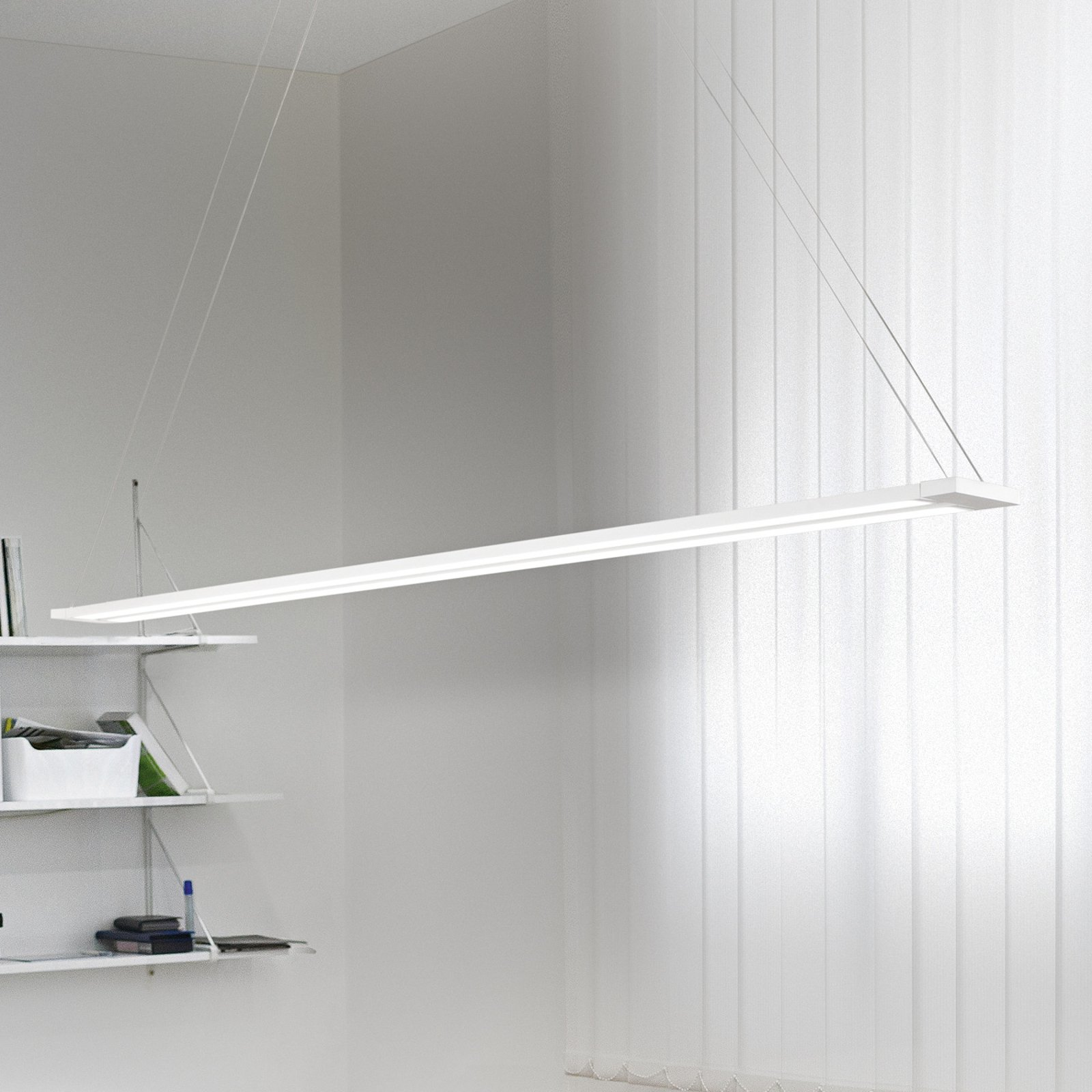 LED-vegglampe Sway, dreibart lyselement