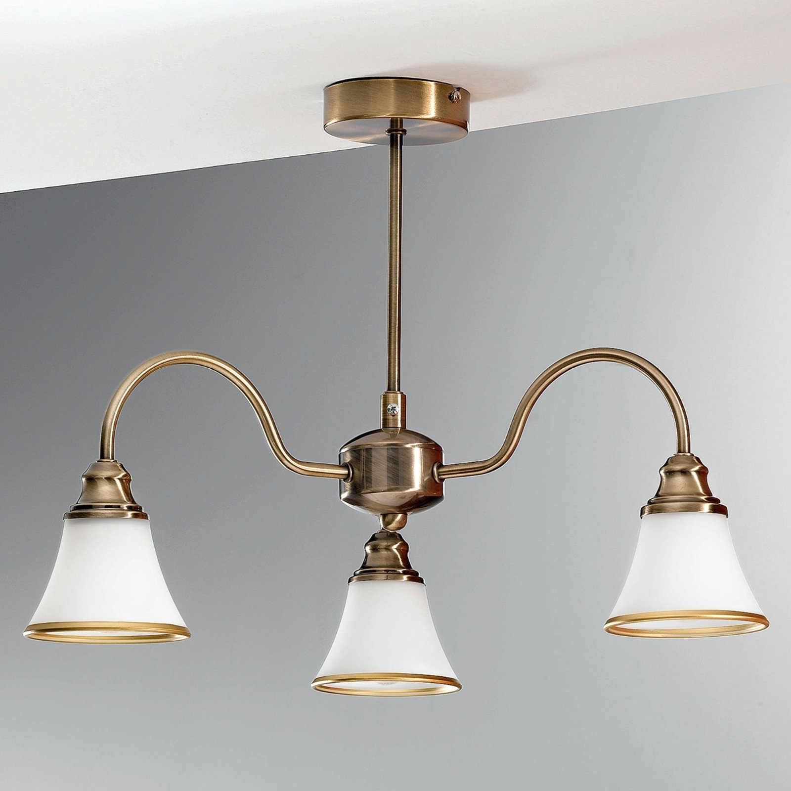 TILDA taklampe med 3 lys i antikk messing