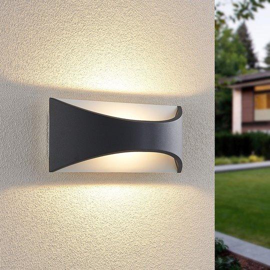 Lindby Mathea -LED-ulkoseinälamppu, pituus 30 cm