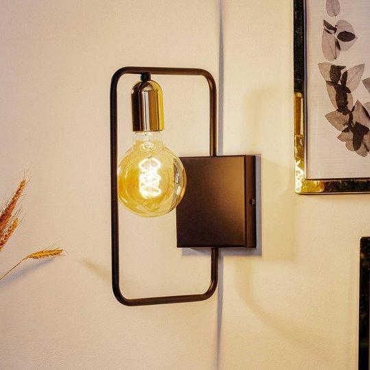 Vegglampe Savo K1 med metallramme, svart-gull