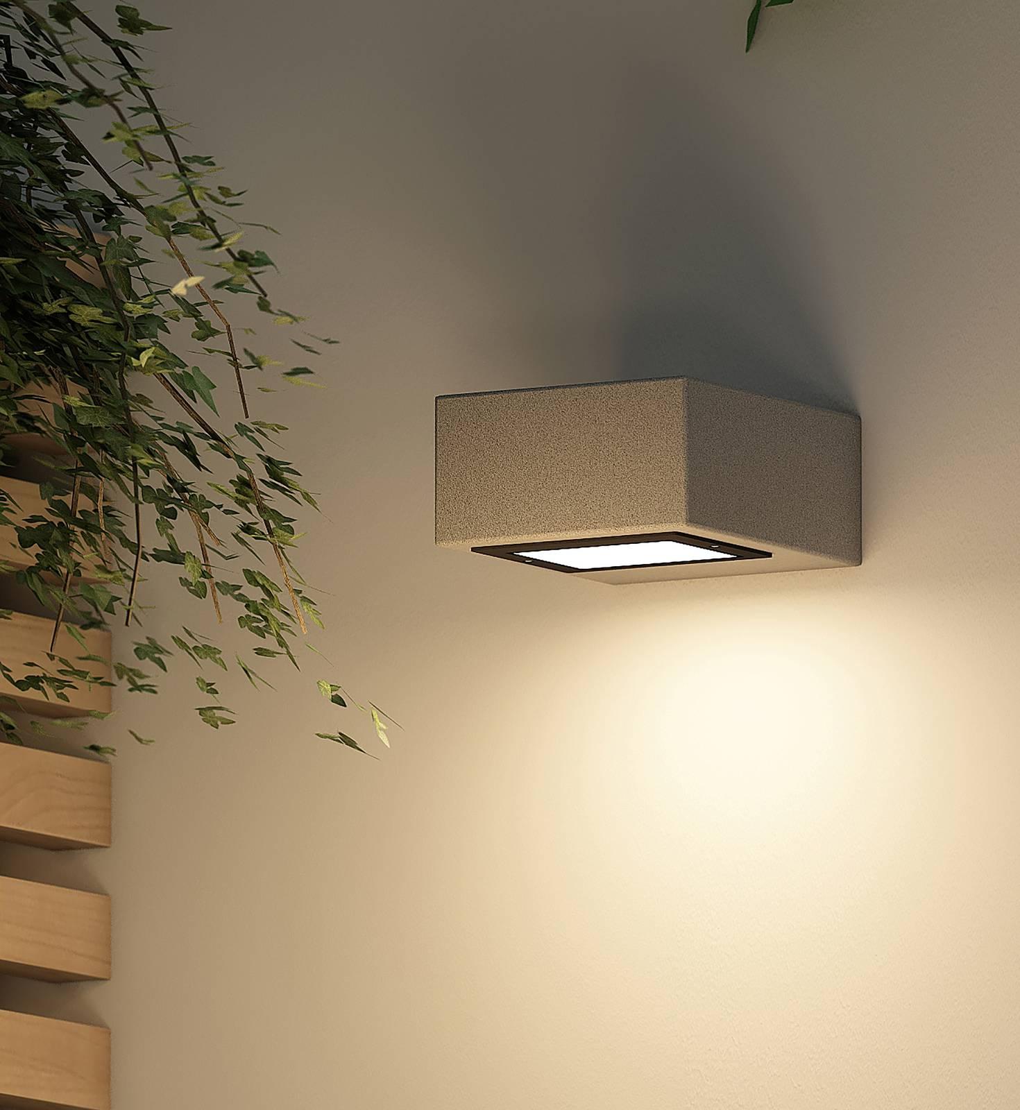Arcchio -LED-ulkoseinälamppu Udonna pidin ylhäällä