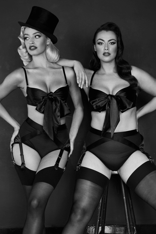 Kiss Me Deadly x Playful Promises Kestosque Black Suspender / Garters UK 10 / US 6